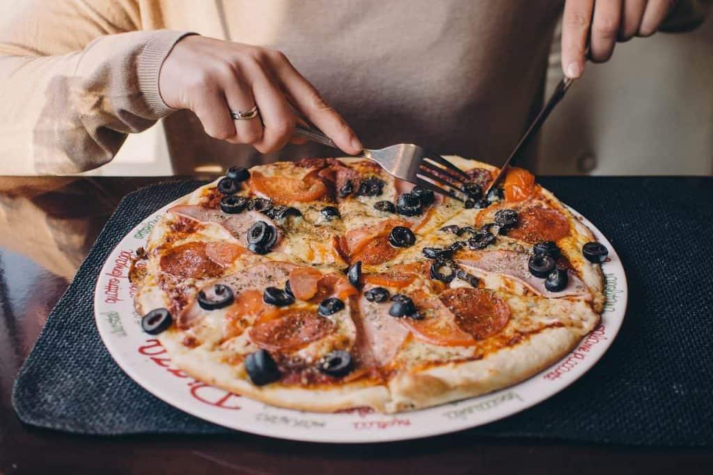 pizza 2619491 1280
