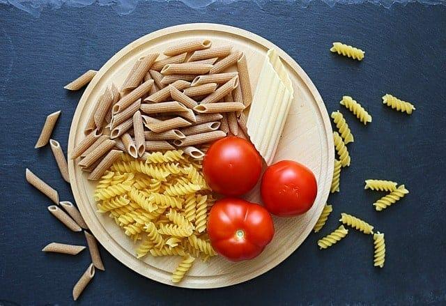 pâtes, tomates
