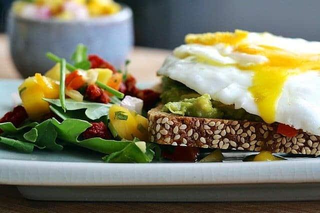 régime thermogène, pain complet, œuf, légumes