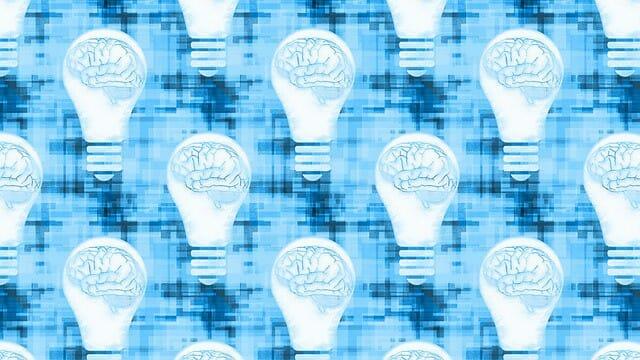 des graphiques montrant le cerveau dans une ampoule