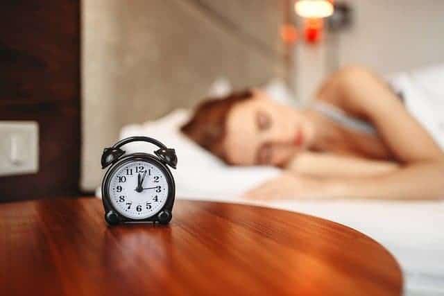 femme pendant le sommeil